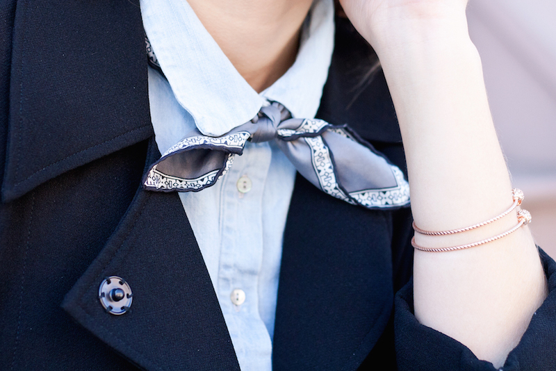 how to wear a bowtie for a woman