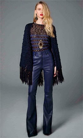 TalieNK inverno 2014 look calça de couro blusa e xale de tricot