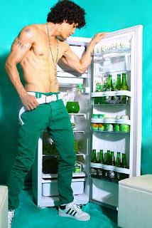 Garoto acompanhante sp, garoto de programa dotado, ensaio geladeira