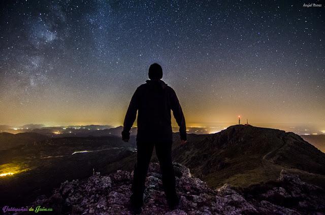 Ante la Sierra Sur de Jaén bajo las Estrellas