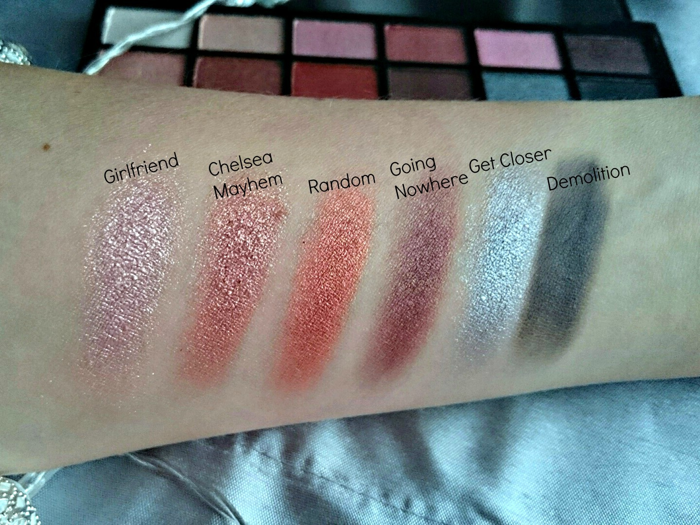 Makeup Revolution Girl Panic swatches