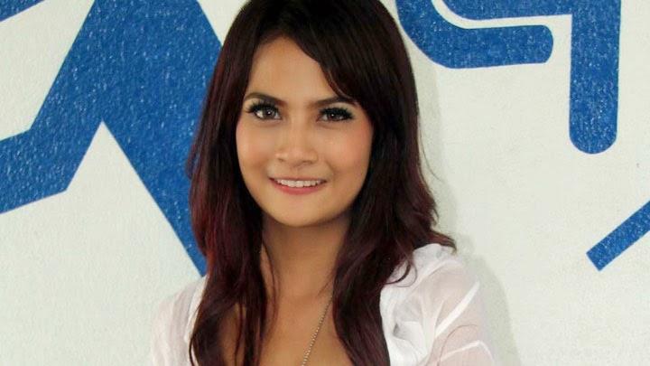Biodata Vanessa Angel
