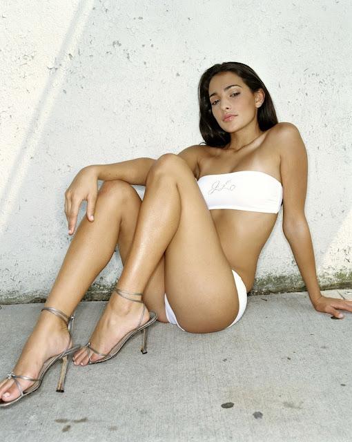 model Natalie m... Leyla Milani