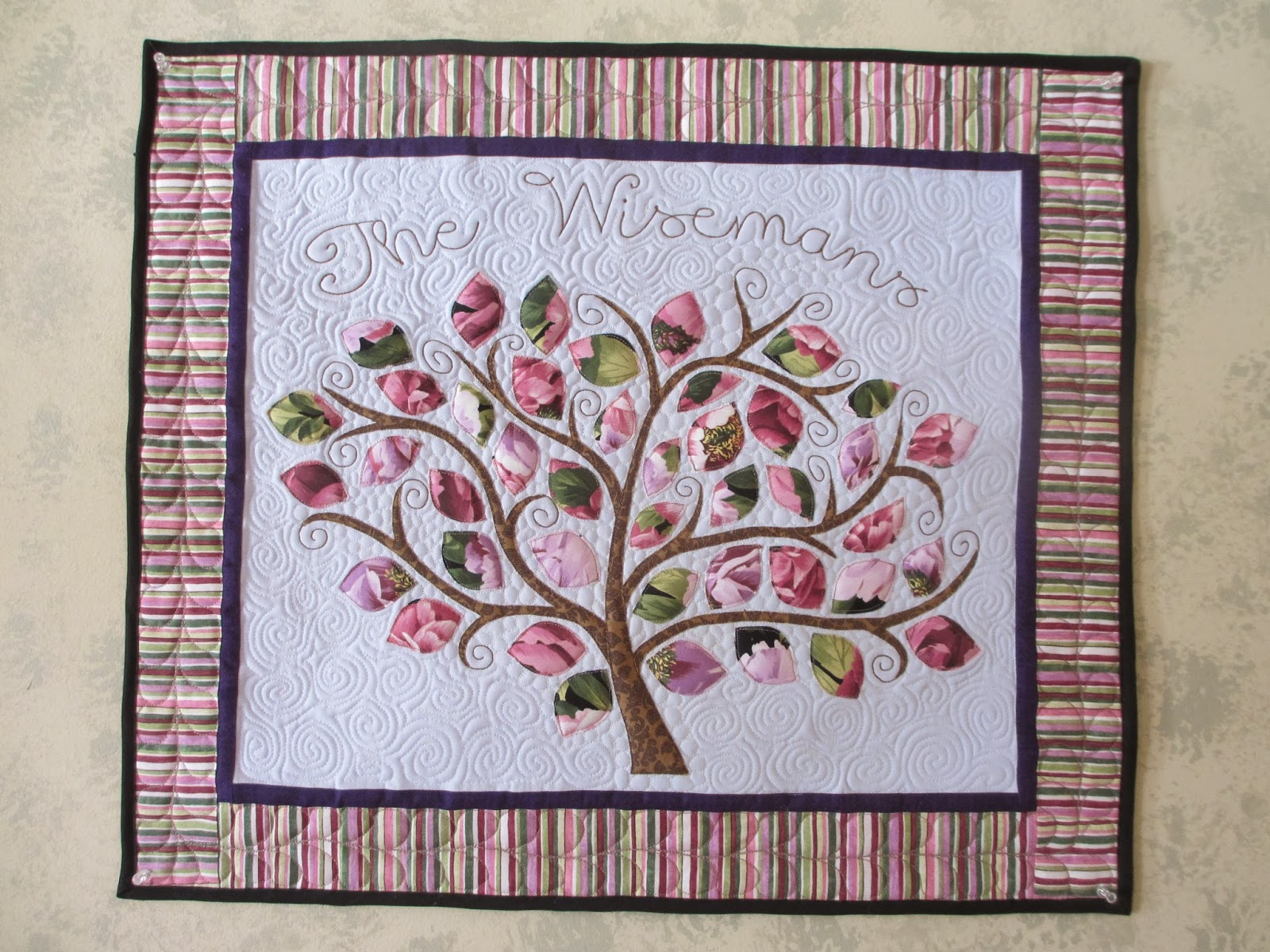 Quilt Guild Project Ideas : Katie s Quilts and Crafts: My Quilt Guild Challenge Project