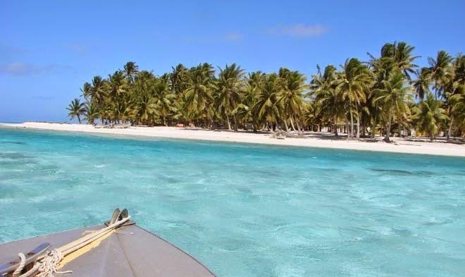 Selain Kapal Kargo Pulau Juga Dikunjungi Sekitar Selusin Kapal Tiap
