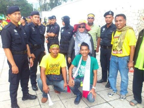 NOSTALGIA DAN SEJARAH TERCIPTA - #HKR 112