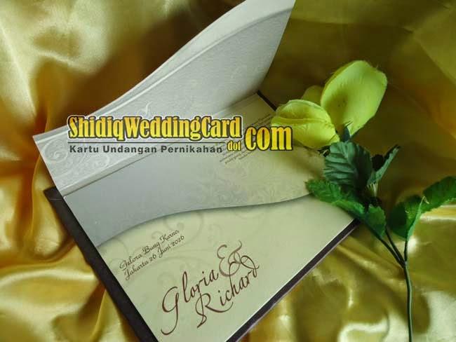 http://www.shidiqweddingcard.com/2014/04/ml-856.html