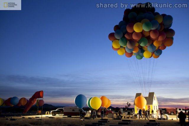 http://2.bp.blogspot.com/-UrEhZzNouWA/TXW9Cog8ZeI/AAAAAAAAQWo/CiPyMXV1UyA/s1600/a_flying_house_640_10.jpg