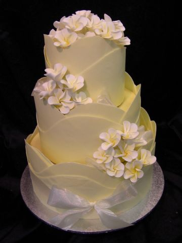 CakeChannel.com - World of Cakes: Triple Wave White ...