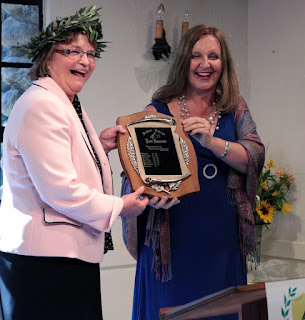 Maja Trochimczyk Passes the Laurels to the 7th Poet Laureate of Sunland-Tujunga