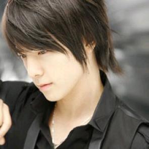 Profil dan Foto Donghae