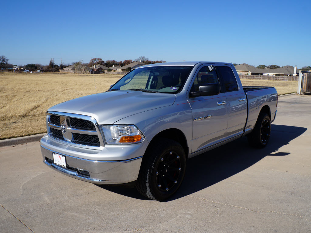 Texarkana Toyota 2011 Dodge Ram 1500 SLT Quad Cab has custom black 20 ...