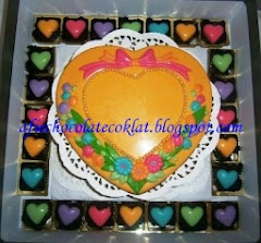 CHOC SET LOVE BOX SIZE 'XL' WITH 50PCS PRALINE @RM 125
