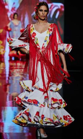 trajes de flamenca Lina