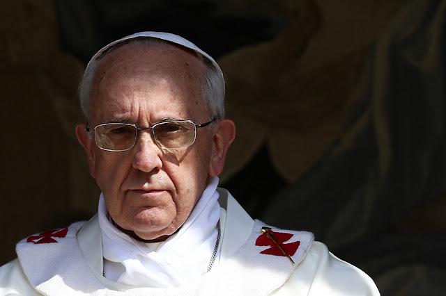 Papa-francisco-enigmas-falso-profeta-apocalipsis