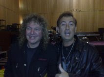 Javier Gómez Vila (alumno) con Dave Meniketti de Y & T (20/10/11)