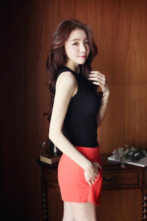 Lee Ho Sin Cute Elegance
