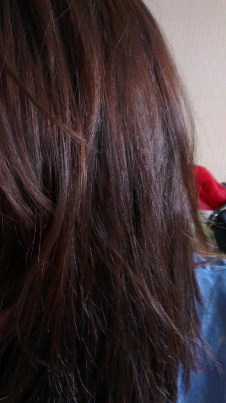 du coup je suis partie couper mes cheveux car franchement une pure arnaque ce produit jai coup 3 mois de pousse 34 cm jai d faire un carr pour - Color Out Sur Cheveux Noir