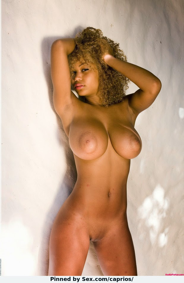 Caramel girls sexy ebony