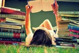 raccogliere informazioni e studiare per comporre un'agenda editoriale interessante