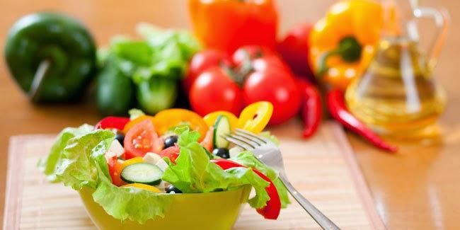 Kesehatan :  Kebiasaan Cepat Turunkan Berat Badan Saat Makan Siang