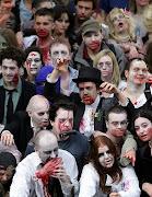 Los zombies ya Están Aquí. Policia de Miami Mata a un Hombre Desnudo que le . zombies