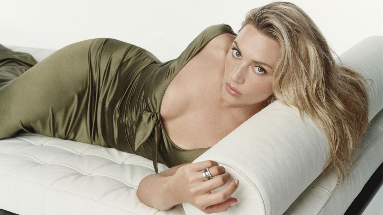 Kate Winslet nude - Celeb Nudes Photos