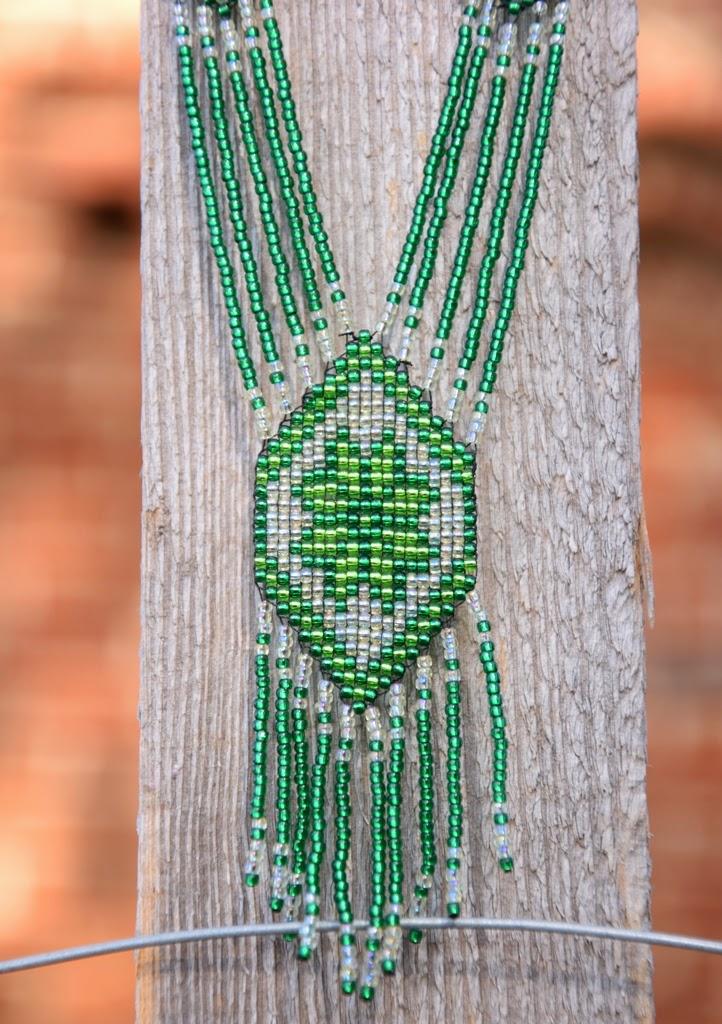 haft koralikowy na krośnie