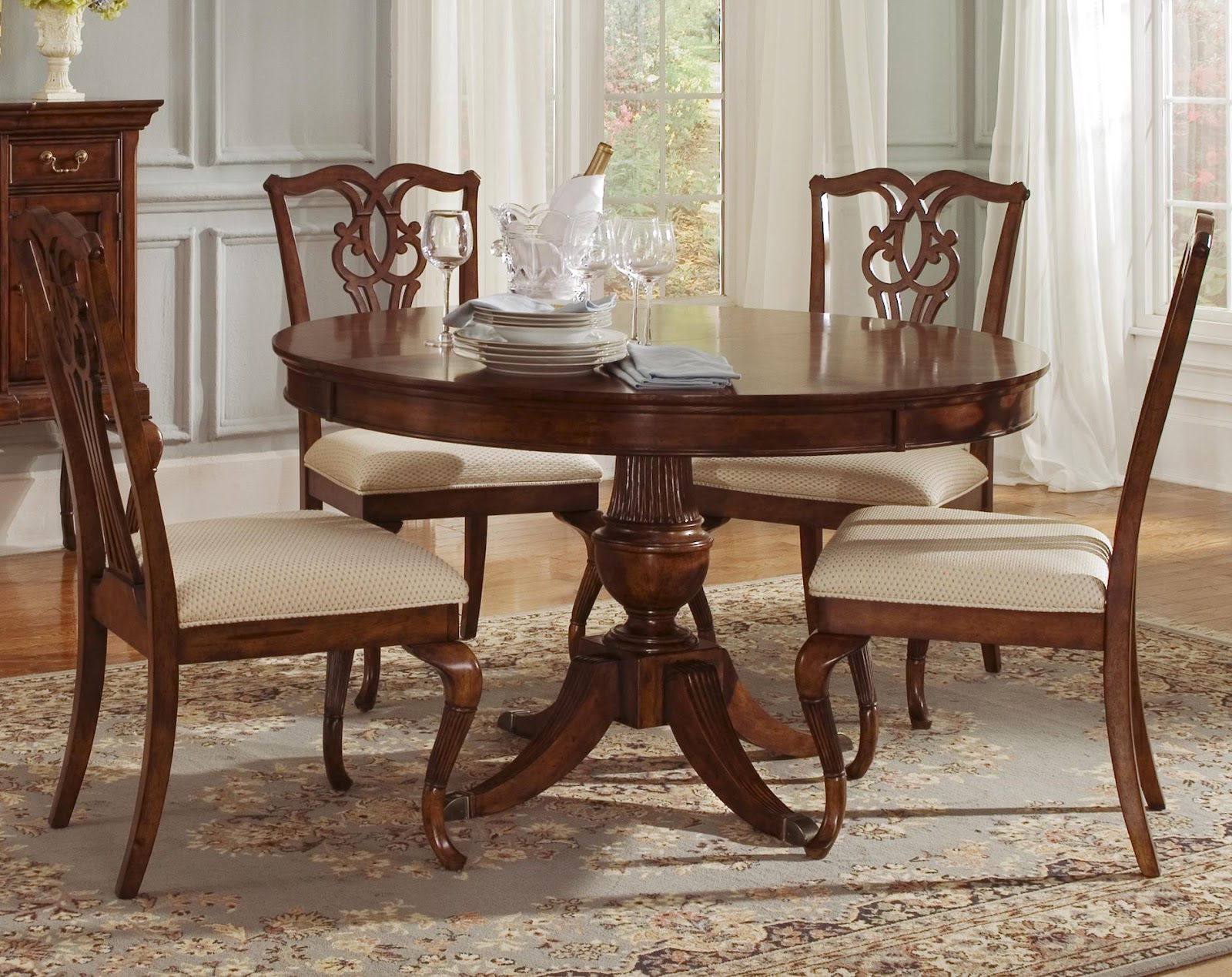 Knoxville wholesale furniture the ansley manor collection for Dining room tables knoxville tn