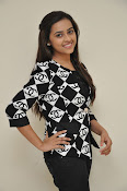 Sri Divya photos at Kerintha success meet-thumbnail-9