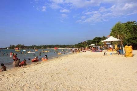 Pantai bandengan : wisata pantai di jepara