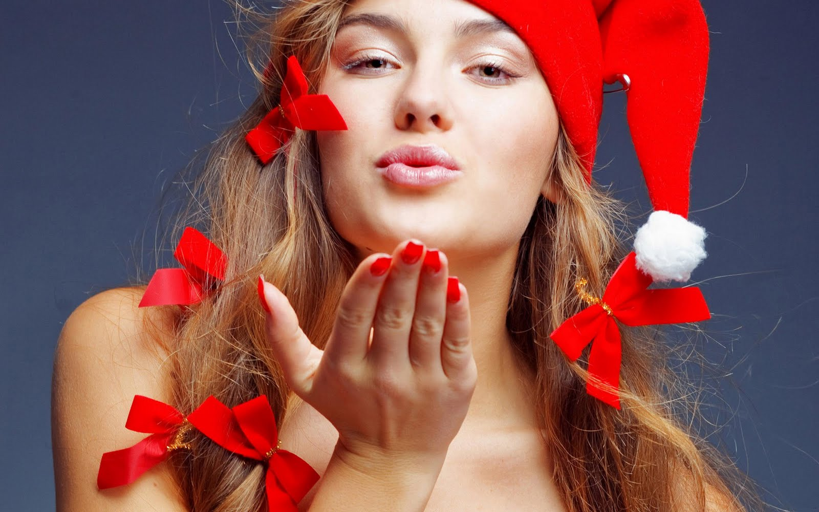 Santa Girl Wish Happy New Years & christmas ~ Taste Wallpapers