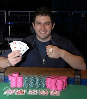 Phil Galfond winning a WSOP bracelet in 2008