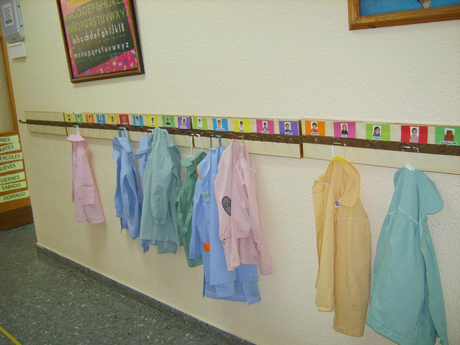 El blog de marybel organizamos casilleros y percheros - Percheros pared infantiles ...