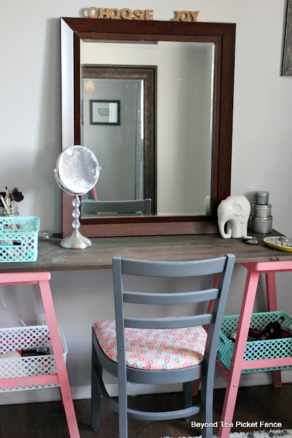 reclaimed wood, desk, teen bedroom, grey, attic room, DIY, teen girl, mirror, http://bec4-beyondthepicketfence.blogspot.com/2015/10/teen-attic-bedroom-easy-vanity.html