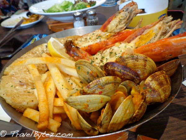 Seafood Galore! (seafood platter)