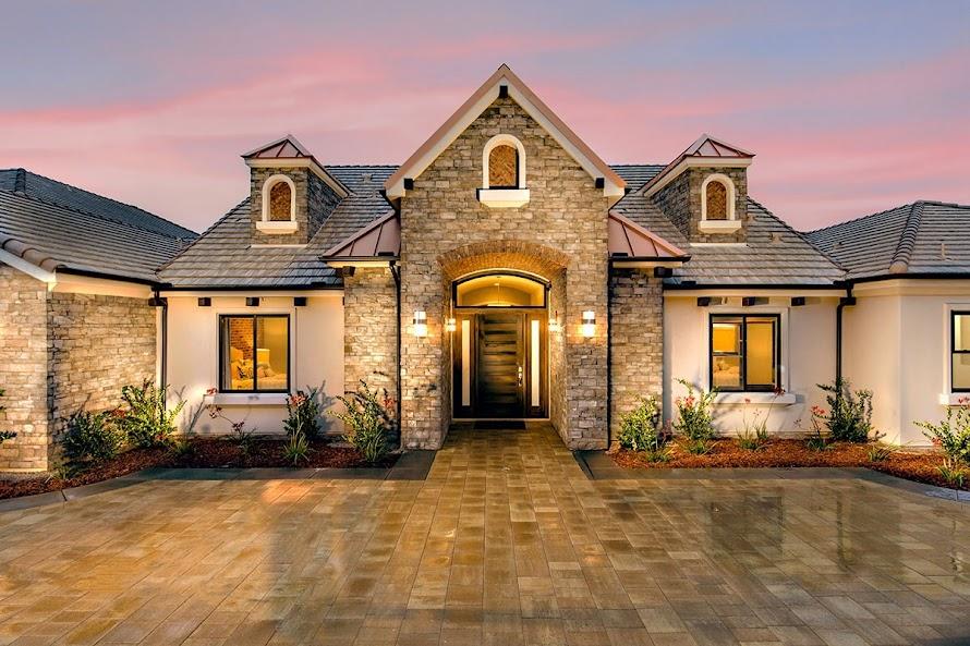 Artesian Super Model Home