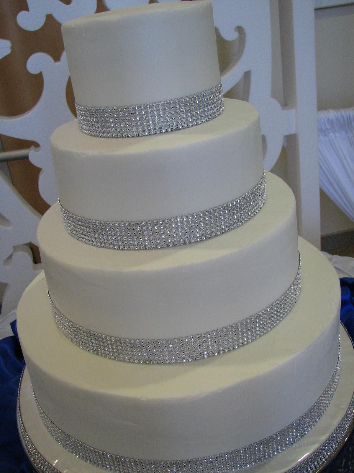 Decadent Designs Katie s Rhinestone Wedding Cake