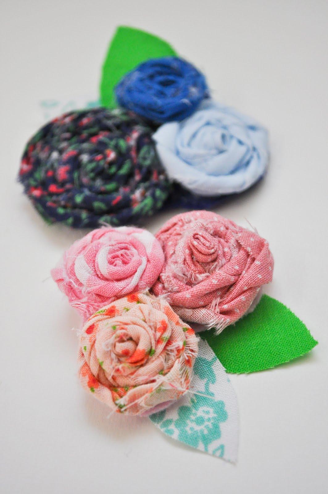 Как сделать броши цветы из ткани своими  411