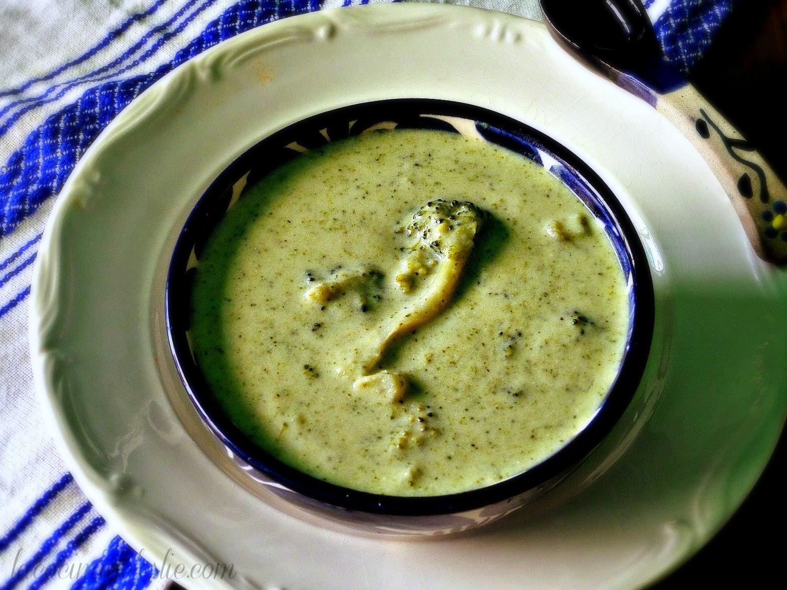 Sopa de Crema de Brócoli - lacocinadeleslie.com