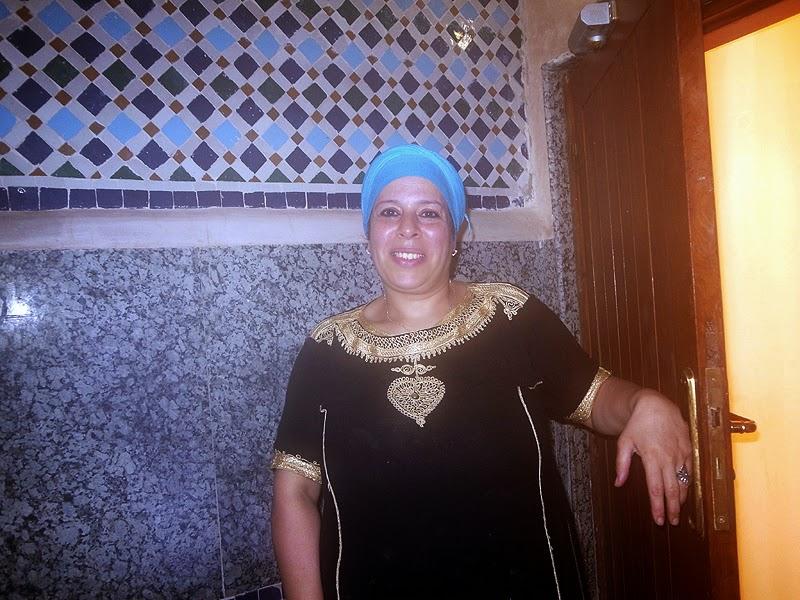 Lady for hamam