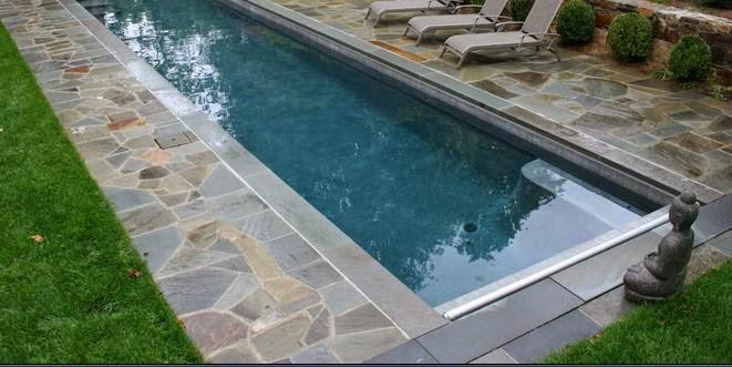 Fotos de piscinas piscinas de casas con piedra lajas - Piedra natural para piscinas ...