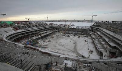 Строительство нового стадиона ЗЕНИТ АРЕНА планируется завершить к декабрю 2015 года