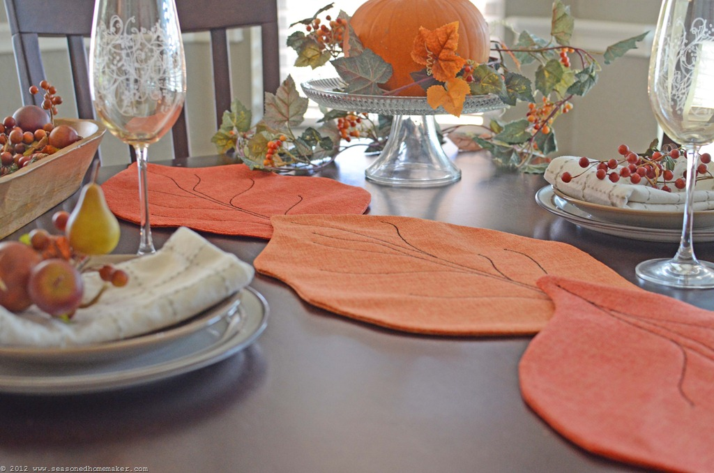 Felt Leaf Tablerunner by The Seasoned Homemaker