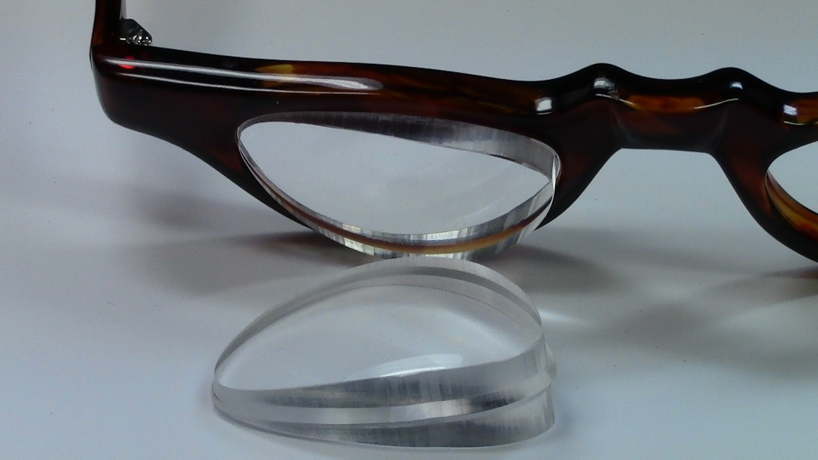 low vision eyeglasses lowvisioneyeglasses prismatic