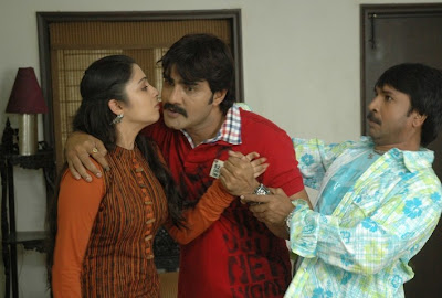 Srikanth Charmi Stills Pics Photos @ Sevakudu Movie wallpapers