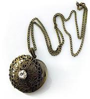 madalyon, içine resim konulabilen kapaklı madalyon kolye