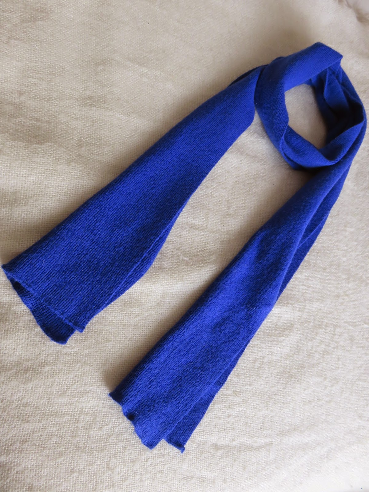 bright blue scarf fashion hard blauwe sjaal