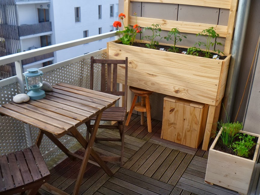 terrasse bois ikea diverses id es de conception de patio en bois pour votre. Black Bedroom Furniture Sets. Home Design Ideas