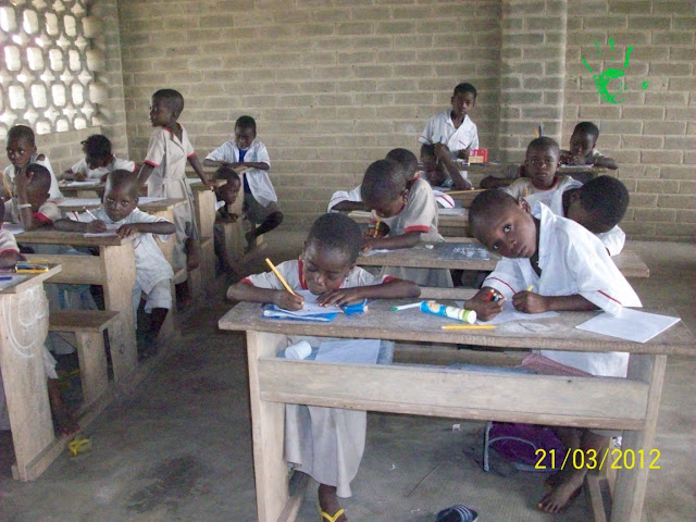 Bambini della scuola in Africa